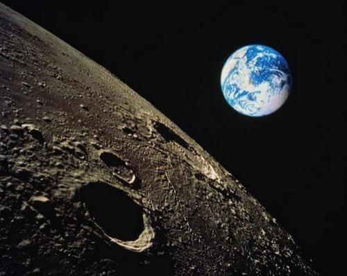 Луна - гигантский искусственный замысел?